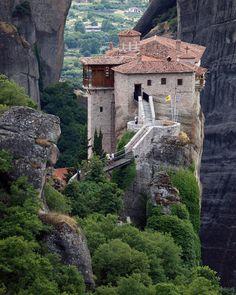Unbelievable monasteries on top of huge naturally formed pillars in Meteora, Greece