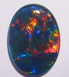 Stunning Australian Opal Triplet Gem Grade 18x13mm - available in our store :) ........