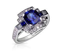 Bague Art Deco AENOR Or Blanc, Diamants et Saphir. Bague ancienne. #bague #artdeco #orblanc #diamants #saphir #ancienne #bijoux #luxe #valeriedanenberg