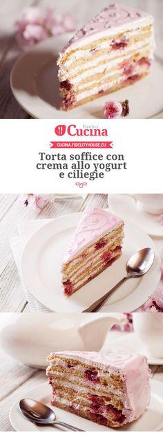 Torta soffice con crema allo yogurt e ciliegie