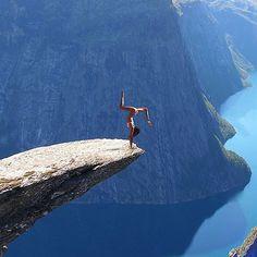 Don't lose ur balance!  Sheeeew!!!