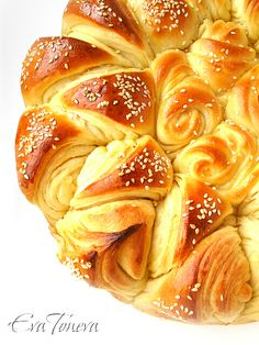 Festive Bread. A video and more pics are shown on this site. http://foodivakitchen.blogspot.com/2011/09/happy-bread.html