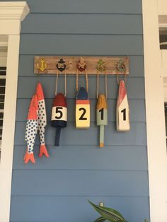 25 Creative House Number Ideas & Designs - Host your website with VPS Hosting which can accomodate ten thousands visitors a day - 25 Creative House Number Ideas & Designs Jessica Paster Lake Decor, Coastal Decor, Coastal Living, Lakeside Living, Lake Cottage, Cottage Style, Deco Marine, Beach Cottages, Beach Houses