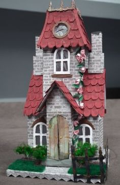 Tim-holtz-sizzix-village-Manor-dwelling-die-cut-kit-house-building-precut-290g