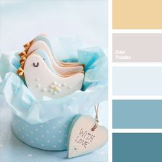 Built on the combination of very gentle tones. Violet, blue, and sand colors are intertwined perfectly and harmoniously. Such a color scheme is perfectly suited for boy's room decoration. Will be appropriate in the wardrobe and household items for a newborn.