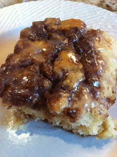 Cinnamon Roll Cake @The Cookin Chicks | Easy cake with fantastic results. I could see this working for bake sales if you split the batter between two 8x8 pans.