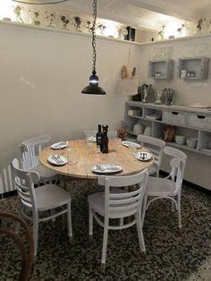 Restaurante lo de Flor... Los suyos son platos con influencia italiana elaborados sin estridencias y acompañados de una buena oferta de vinos.