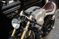 Ducati 1000 S Hermanus Volante, à vendre chez Legend Motors Lille.