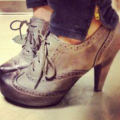 rainy day heels