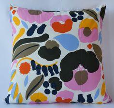 "Marimekko Pillow Cover Handmade-Pattern Design- Aino-Maija Metsola:Hattarakukka 20""x20"" (50x50cm) by PantsandPillows"
