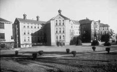 """1912 Royal Columbian Hospital"" – actually opened in 1914"