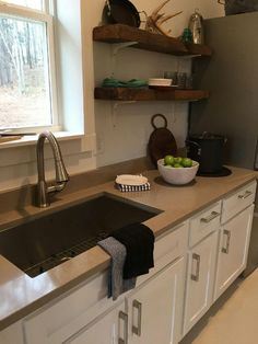 Coral Clay Quartz Countertops by Silestone Beautiful color, not to light not to dark! It's just perfect. #coralclaysilestone #silestonecountertops #silestoneatlanta #quartzcountertops #cottagesinserenbe #serenbe