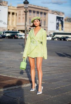 Olivia Culpo poses up a storm in dazzling sheer mini dress i.- Olivia Culpo poses up a storm in dazzling sheer mini dress in Paris Olivia Culpo poses up a storm in dazzling sheer mini dress with feather accents in Paris 2020 Fashion Trends, Fashion 2020, Look Fashion, Paris Fashion, Runway Fashion, High Fashion, Womens Fashion, Classy Fashion, Unique Fashion Style