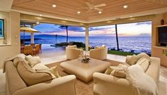 maui beachfront mansion | ... .yahoo.com/promo/beachfront-homes-to-beat-the-winter-blues.html
