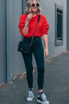 20 Casual Fall Outfit Ideas To Copy Right Now 05 Casual Fall Outfits, Winter Fashion Outfits, Trendy Outfits, Spring Outfits, Casual Ootd, Autumn Outfits, Popular Outfits, Basic Outfits, Casual Jeans