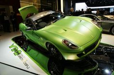 2015 Ferrari 599 Hybrid does not only win the engine system but also the body design. This green colored car is designed for two passengers only with high quality safety system like airbags, seat belt, parking sensor, and also brakes system. However, the price offered for each go green fast car from Ferrari has not been revealed yet. It means that we should be patient to meet this brilliant car.