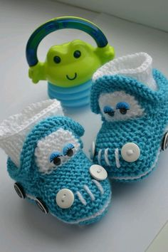 Baby Knitting Patterns Slippers Booties - buy or order in the Internet Mag . Knit Baby Shoes, Crochet Baby Boots, Knit Baby Booties, Booties Crochet, Crochet Baby Clothes, Crochet For Boys, Crochet Slippers, Knitting For Kids, Knitted Baby