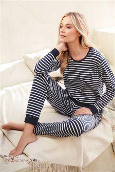 Women's Sleepwear & Robes - Awesome 120 Womens Pyjamas Style To Help You Look Sharp Sleepwear Women, Pajamas Women, Women's Sleepwear, Bride Dressing Gown, Pajamas All Day, Striped Pyjamas, Nautical Fashion, Nautical Style, Vestidos