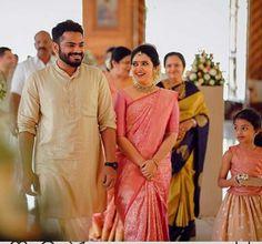 Engagement Dress For Groom, Kerala Engagement Dress, Engagement Saree, Engagement Dresses, Engagement Pics, Kerala Wedding Saree, Kerala Bride, South Indian Bride, Saree Wedding
