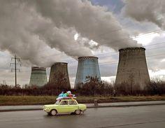 http://fotoblogia.pl/6889,wspolczesna-pompatyczna-architektura-na-terenie-bylego-zsrr