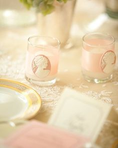 Cameo + Ribbon around tealights - Marie Antoinette party