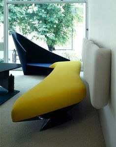 172-60-1 cathcart road furniture -zaha hadid