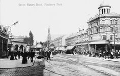 Finsbury Park, Seven Sisters Road at Blackstock Road & Stroud Green Road Old London, North London, Park Tavern, Finsbury Park, Green Pictures, London History, Yahoo Images, One Pic, Image Search