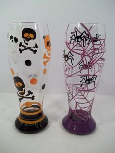 2 Halloween Pilsner Glasses - Skull & Crossbones - Spiders & Webs…