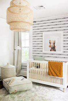 Do It Yourself nursery and also baby room decorating! Concepts for you to develop a little heaven on earth for your little bundle. Great deals of baby room decor concepts! Baby Room Decor, Nursery Room, Nursery Decor, Nursery Ideas, Bedroom Kids, Bedroom Decor, Kids Bedroom Wallpaper, Modern Bedroom, Bedroom Lamps