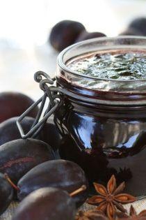 POVIDLOVÉ KOŘENÍ Voňavá směs koření výborná do povidel, džemů, zavařenin nebo do různých sladkých pokrmů jako jsou buchty, koláče, štrůdly apod. Směs...
