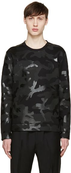 Long sleeve neoprene sweatshirt featuring camouflage pattern in tones of black. Bonded lining. Big Men Fashion, Military Fashion, Fashion Wear, Mens Sweatshirts, Mens Tees, Camouflage Sweatshirt, Valentino Clothing, Camo Designs, Valentino Black