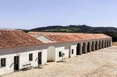 Enjoy a relaxing getaway in the heart of Alentejo. Stay in a hotel of understated luxury, set in the foothills of medieval Monsaraz. Portugal, Happy House, My House, Monsaraz, Casa Patio, Rural House, Desert Homes, Courtyard House, Architecture Details