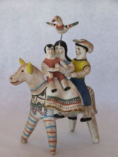Pottery sculputure by Heron Martinez. Early White Period, Holy Family on Burro (via Mainly Mexican Antiques & Collectibles) Mexican Crafts, Mexican Folk Art, Pottery Sculpture, Pottery Art, Pottery Designs, Mexican Ceramics, Mexico Art, Native American Pottery, Mexican Designs