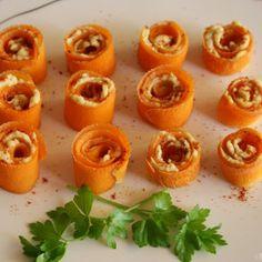 Rollitos de zanahoria con humus
