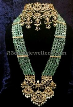 Antique pearl and gems choker and long necklace Royal Jewelry, India Jewelry, Jewelry Sets, Beaded Jewelry, Gold Jewelry, Fine Jewelry, Jewellery Box, Tiffany Jewelry, Bridal Jewellery