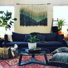 Explore #AHomemadeHome with BOHO by Lauren NAME: Lauren Williams HOME: Dallas, Texas MAKER OF: Modern Bohemian Fiber Art. HOME IS: Where you get to have all your favorites in one place!