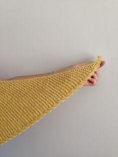 Juillet arrive à grand pas et il serait peut-être temps de préparer sa rentrée, niveau tricot. Finalement, c'est comme dans la mode, le tricot. En été, on commence à réfléchir à ce que nous p…