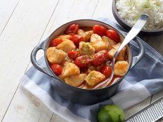 Att få vardagen att gå ihop är inte alltid det lättaste. Gör det enkelt för dig och planera veckans middagar med smarta och snabba recept från WW ViktVäktarna. Här hittar du 8 snabba rätter som räddar vardagen. Fish And Seafood, Kung Pao Chicken, Fruit Salad, Potato Salad, Vegetarian Recipes, Food And Drink, Healthy Eating, Curry Recept, Pesto Recept