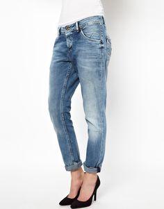 Boyfriend Worn Jeans