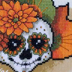 Roderick <3 Dead Sugar Skull à broder au point de croix - Exclusivement chez Filanthrope Broderies
