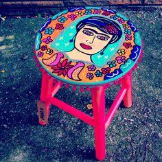 Banqueta Frida. Www.juamora.com ateliejuamora@gmail.com #banqueta #stool #frida #juamora #cor