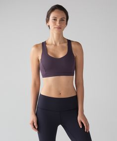 Feel free to be fully in the moment as you flow through your practice in this lightweight sports bra. We designed it with a skinny underband for unrestricted movement and maximum comfort on—and off—the mat. The strappy open back gives your shoulders full range of movement and helps keep you cool, while the technical fabric wicks away sweat. We chose our Luxtreme® fabric as the base of this bra for its technical properties, smooth feel, and second-skin fit. Slip in optional, removable cups…