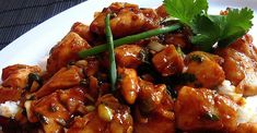 Put some spice in your life with this restaurant favorite: chicken and peanuts in soy-sesame sauce with hot chili paste. Asian Recipes, Healthy Recipes, Ethnic Recipes, Chinese Recipes, Breakfast Recipes, Dinner Recipes, Dinner Ideas, Sesame Sauce, Asian Cooking