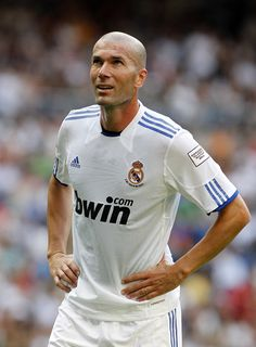 Zinedine Zidane Photo - Allstars Real Madrid v Allstars Bayern Muenchen - Corazon Classic Match