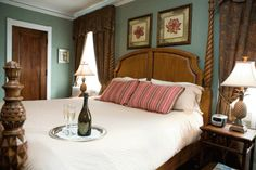 Saugatuck, Michigan: The Belvedere Inn Vacation Places, Dream Vacations, Vacation Ideas, Romantic Bed And Breakfast, Most Romantic Places, Michigan Travel, Cozy Fireplace, House Beds, Romantic Getaways