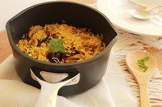 O arroz basmati é muito utilizado em pratos asiáticos e saladas. Cultivada no Paquistão e na Índia, esta qualidade de arroz é excelente para acompanhar pratos condimentados orientais