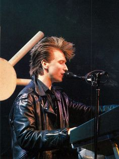 Alan Wilder at work - Black Celebration