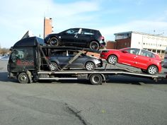 3 cars on truck