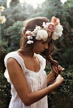 Hippy flower hair do