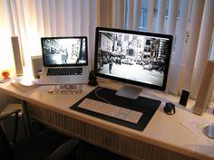 Macbook Pro 15'' LED Cinema Display  Altec Langsing FX6021 1 TB Lacie Quadro HD Logitech MX1000 mouse iPhone 16GB